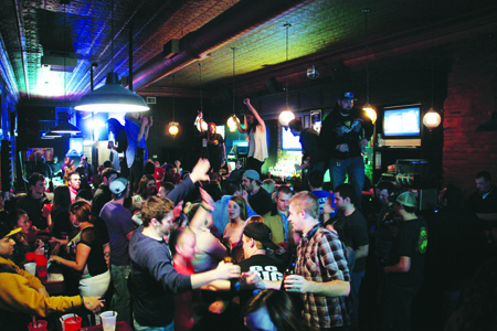 After being open for one year Molly's Bar and Grille has closed its doors. Last Saturday, patrons gathered to celebrate one last time. (Photo by Mario Garciduenas, for The Muleskinner)