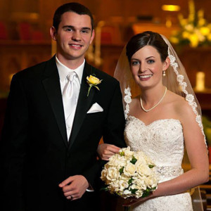 Katherine Lee Fisher, of Joplin, Mo., and Samuel Max Swisher, of Warrensburg, Mo., were married Saturday, June 1 at First United Methodist Church of Joplin.