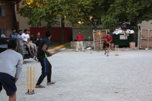 PHOTO BY TYRAN BROOKS FOR THE MULESKINNER School is back in session, and students are setting up backyard cricket matches in parking lots, driveways and cabbage patches around campus.