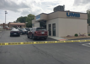 PhOTO BY BETHANY SHERROW Warrensburg police respond to a call Thursday afternoon regarding a robbery at the UMB Bank at 414 N. McGuire St.